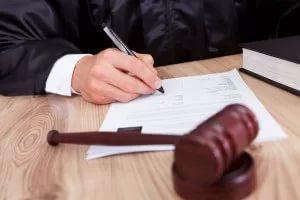 Пособия при лишении родительских прав