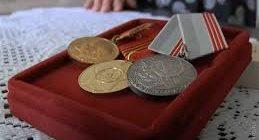 Как оформить ветерана труда в Москве (+ без наград) в 2018