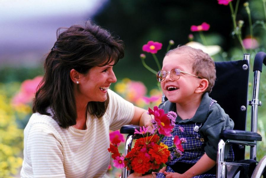 Какие льготы положены родителям ребенка инвалида в 2019 году