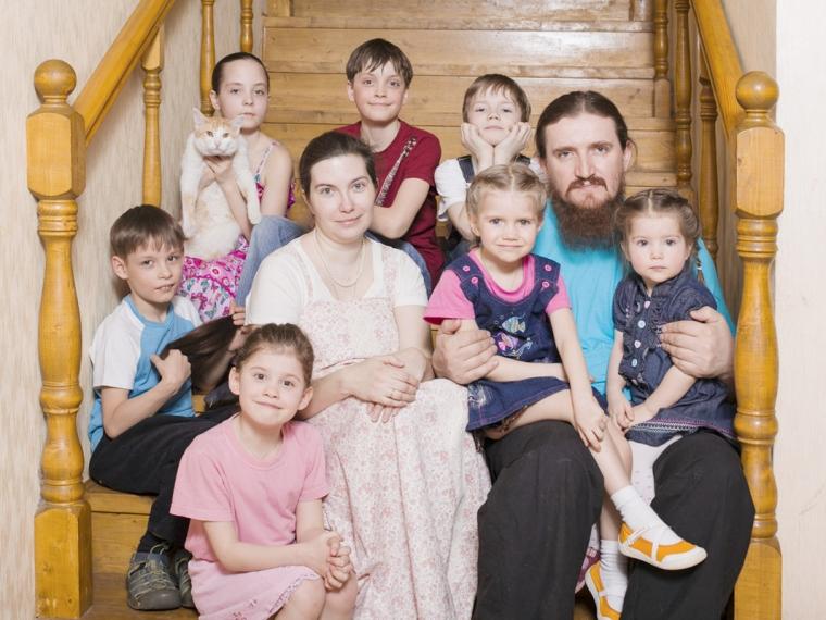 Список документов оформления многодетного отца в москве