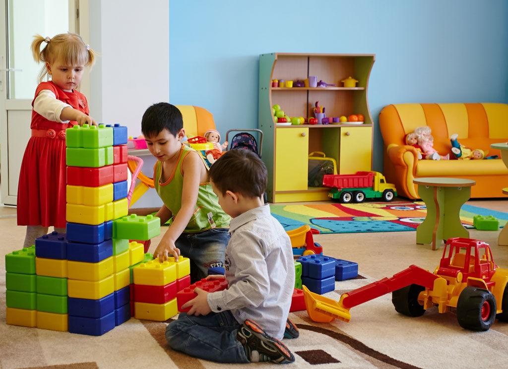 В Госдуме прозвучало предложение - на каждого ребенка давать по 2 МРОТ для оплаты частного детского сада